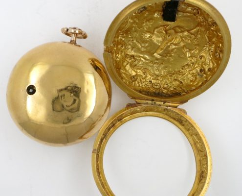 Gold repousse pair cased verge by Kipling, London