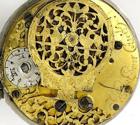Retrograde wandering hour dial