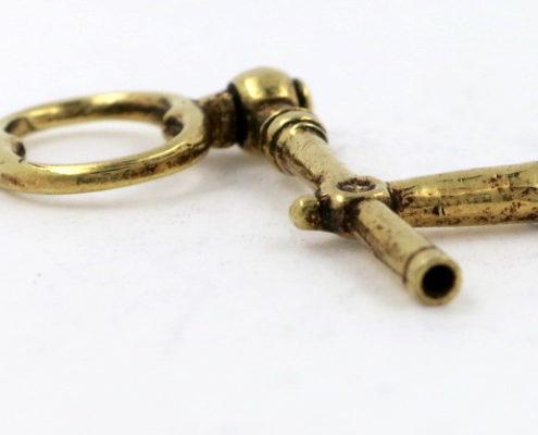 Gold crank key