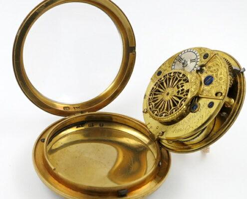 Gold enamel verge